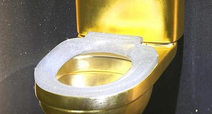В Китае продают пуленепробивной золотой унитаз с 40 тыс бриллиантами