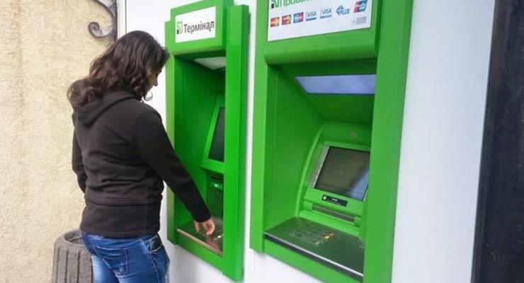 Кто и зачем дежурит у банкоматов