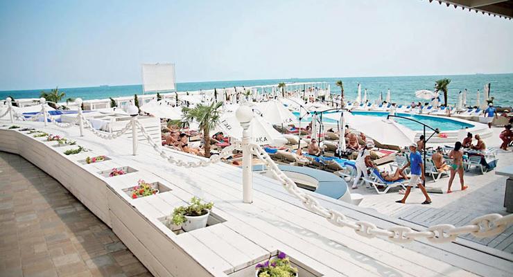 Скоро VIP-пляжев в Украине не будет
