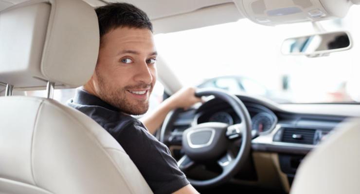 Е-правами смогут воспользоваться не все водители
