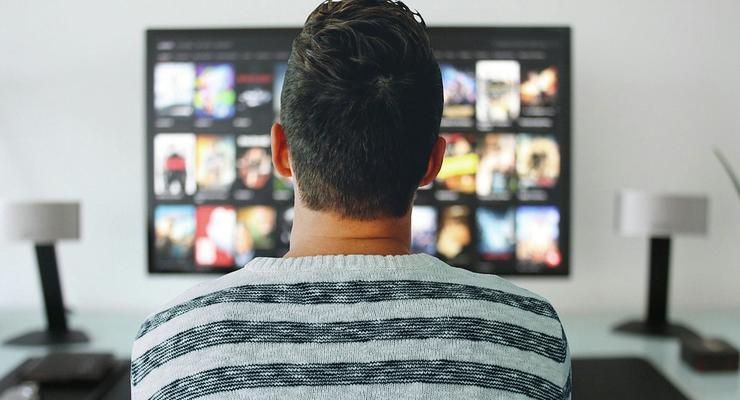 """Сколько стоит """"умный"""" телевизор"""