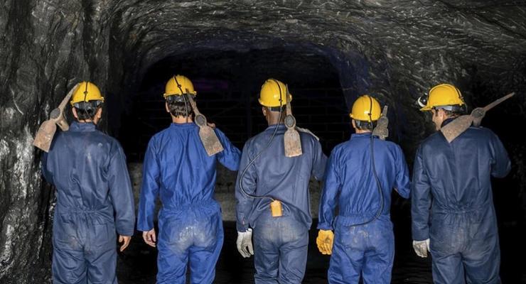 """Из-за инициированного Герусом импорта электроэнергии из РФ шахтеры """"Львовуголь"""" уже месяц без зарплат"""