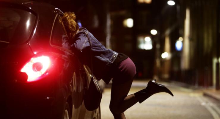 """""""Пусть лучше прибыль будет"""": Полицейские высказались о легализации проституции"""