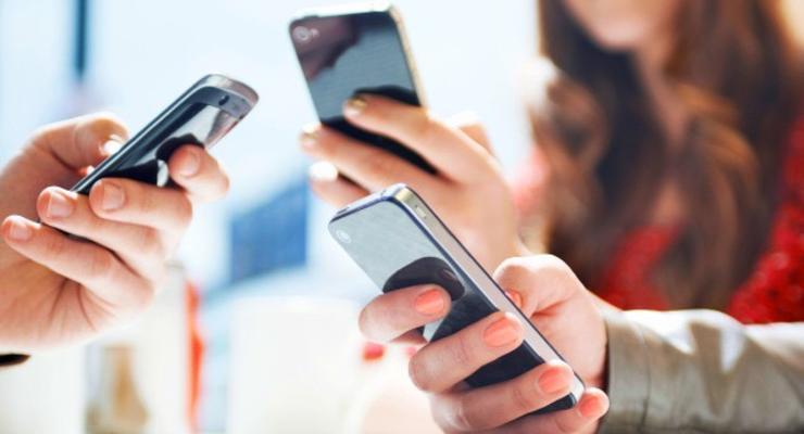 Налоговая тестирует РРО в смартфоне
