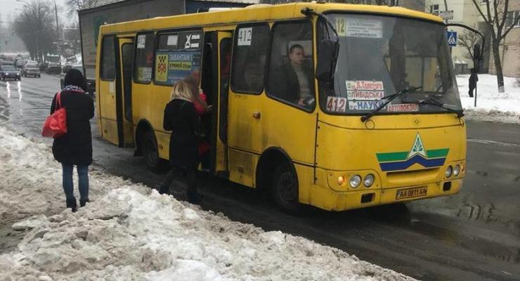 В Киеве с 1 апреля вводят новые проездные