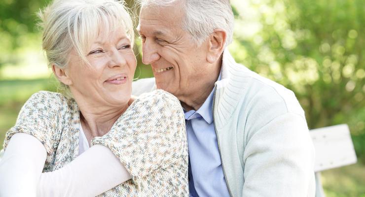 Кому ждать надбавки к пенсии