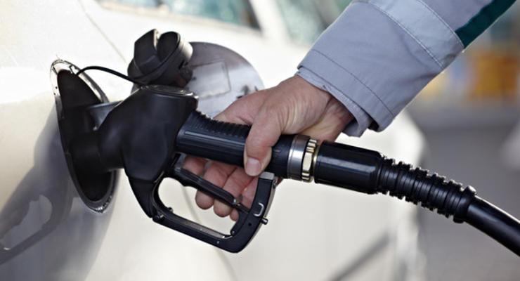 Крупные АЗС снизили цены на автогаз