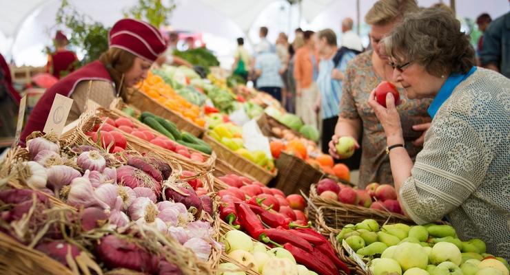 Минздрав разрешил открыть продуктовые рынки