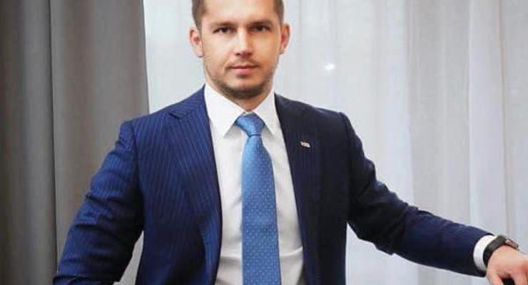 """""""Укрзализныця"""" ограничила зарплату правлению до 47 тыс грн"""