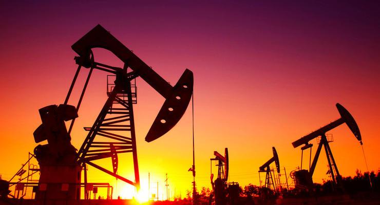 Нефть начала дешеветь после резкого скачка