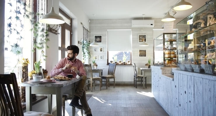 Рестораны Киева пока не будут открывать внутри для посетителей