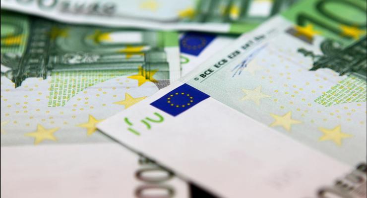 Курс валют на 11.06.2020: евро отвоевывает позиции, доллар снова слабеет