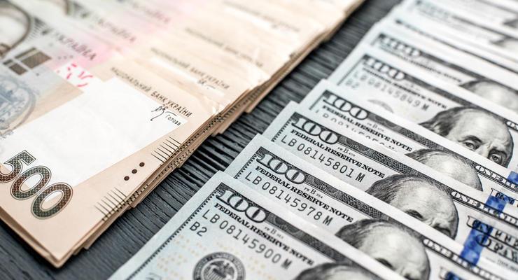 Нацбанк продал валюты на 200 млн долларов, чтобы сбить волну паники