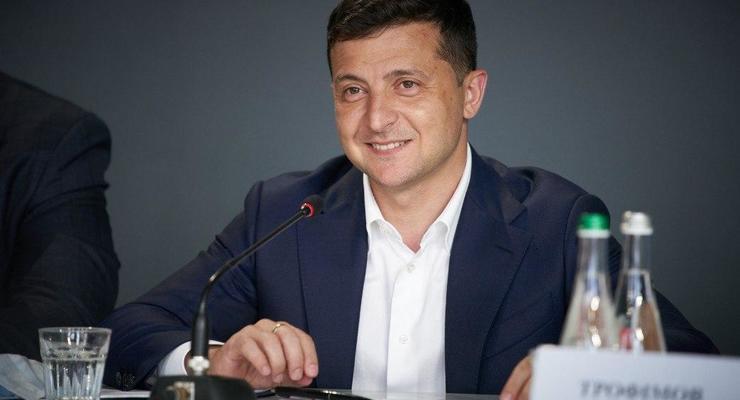 В Украине возобновят экспорт масок - Зеленский