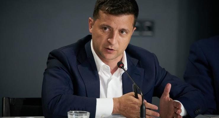 Зеленский продал свой дом и переехал жить на госдачу