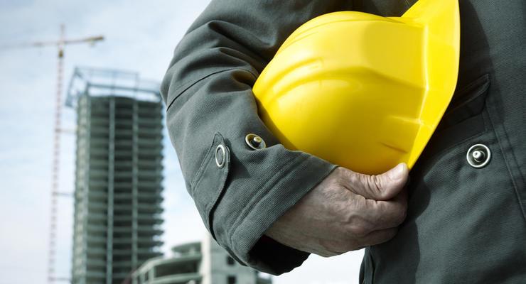 Украинцам все чаще предлагают работу за рубежом: Статистика