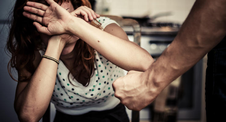 """""""Ударил - плати 68 тыс грн"""": В Украине увеличат штрафы за домашнее насилие"""