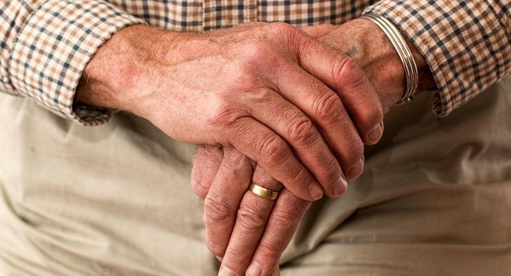 Почему работающим пенсионерам не индексируют пенсии: комментарий ПФУ
