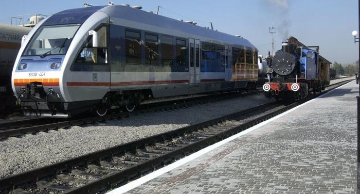 """""""Укрзализныця"""" вводит в поездах военизированную охрану"""