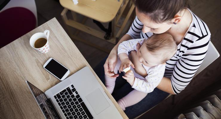 Расчет страхового стажа в отпуске по уходу за ребенком: Комментарий Минсоцполитики