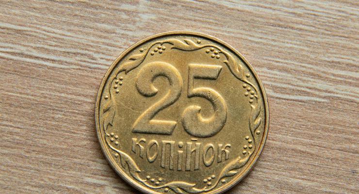 НБУ выводит из обращения старые банкноты и еще одну монету