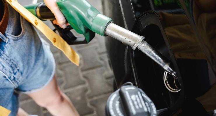 В Раде предложили уравнять акцизы на топливо