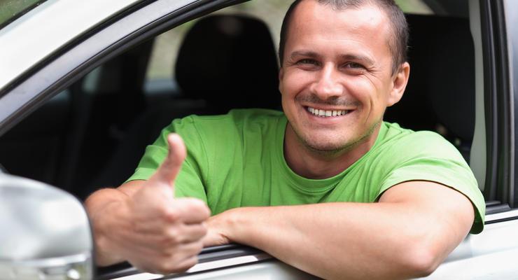 Кабмин утвердил новые бланки водительских прав
