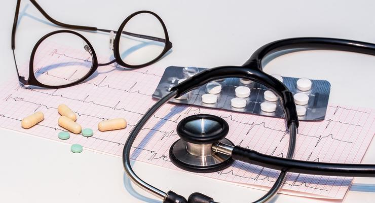 Рада изменила требования к продаже лекарств через интернет: Детали