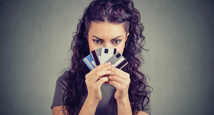 За мошенничество с банковскими картами хотят наказывать тюрьмой: Детали