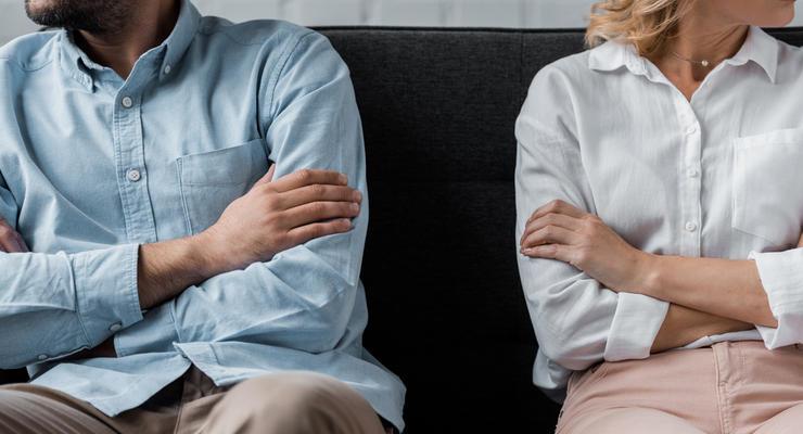 Кто должен оплачивать долги при разводе: Комментарий Минюста