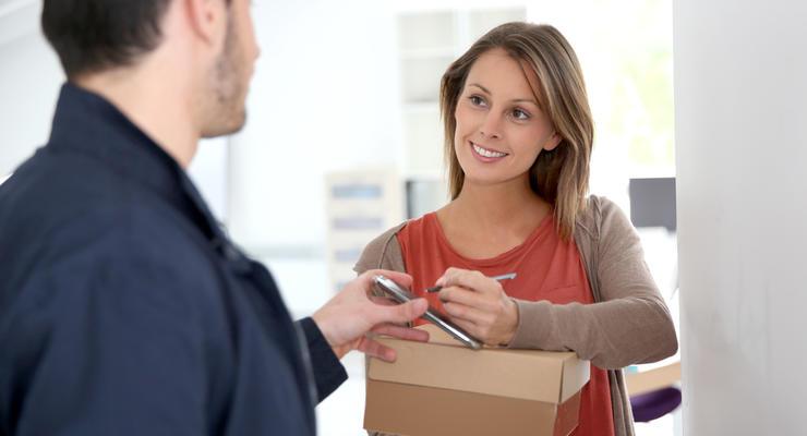Посылки от мошенников: Не заказывал - не трогай, или почему нельзя их открывать