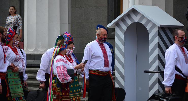 Сидим до ноября: Что будет с Украиной на карантине