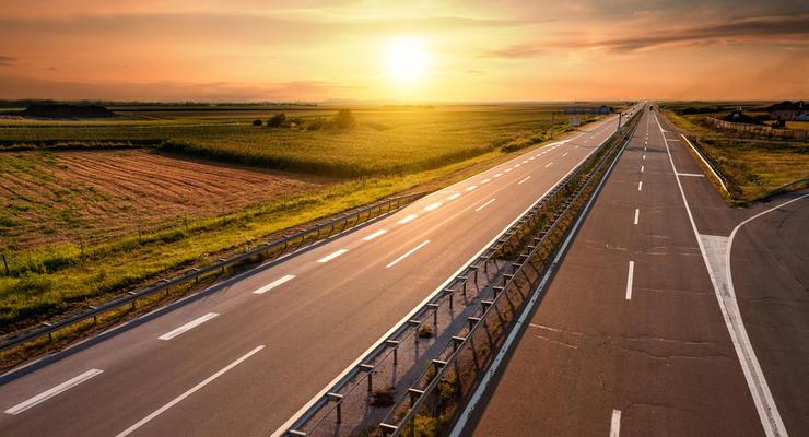 В Украине изменятся стандарты безопасности на дорогах: Детали