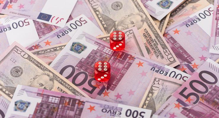 Курс валют на 08.10.2020: Евро и доллар дешевеют, гривна усиливается