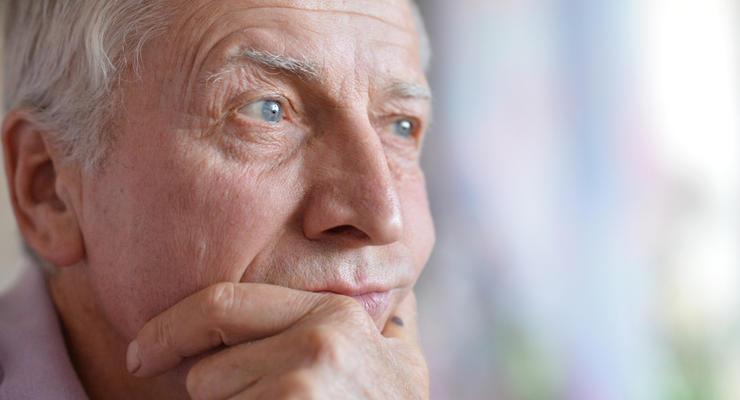 Пенсия по возрасту - или за выслугу лет: Насколько выгоден перерасчет