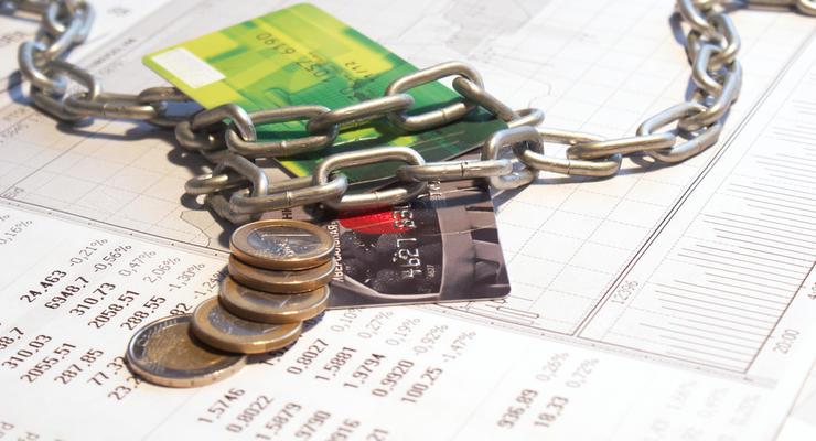 Арестован счет в банке Украины: Что делать