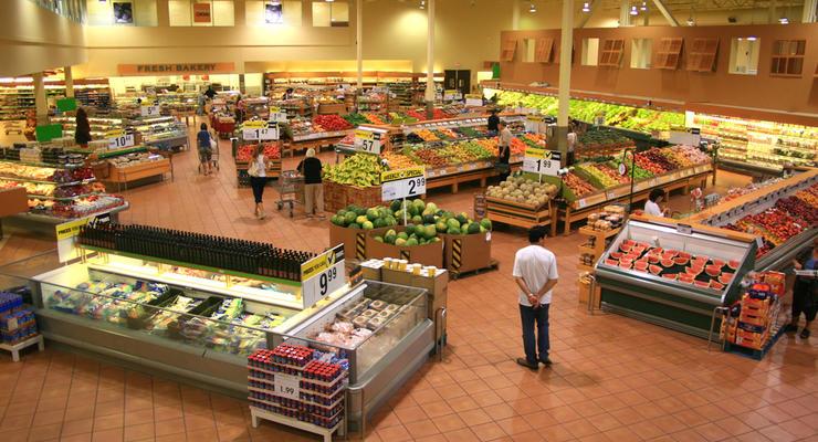 Магазин, базар или склад: Где украинцы чаще всего покупают продукты