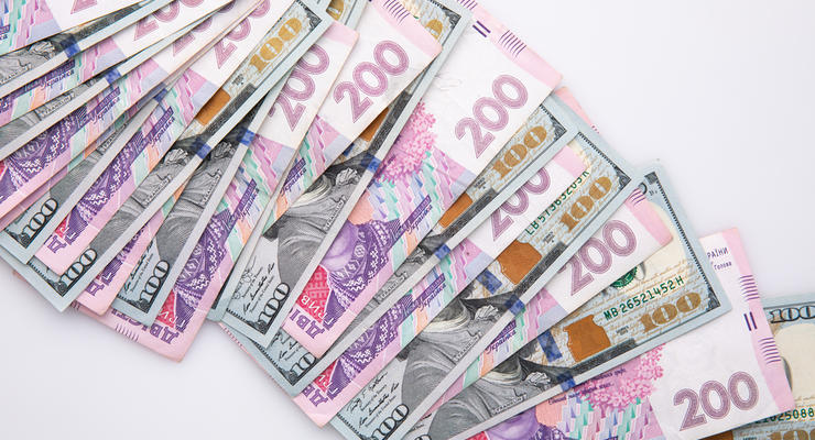 Курс доллара: Банкиры прогнозируют сильное падение гривны к концу 2020 года
