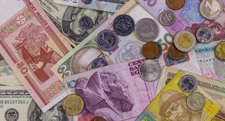 Курс валют на 24.11.2020: Гривна продолжила слабеть к доллару и евро
