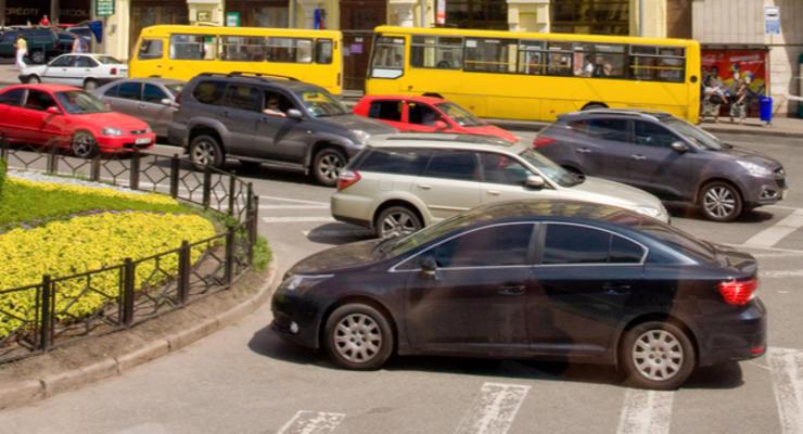 Проезд в киевских маршрутках может подорожать до 12 грн: Причина