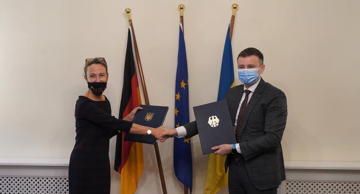 Германия выдаст Украине кредит в 214 млн евро - Минфин