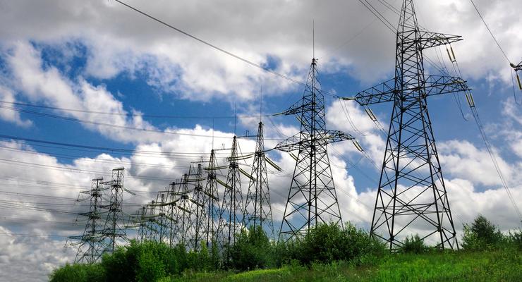 """Тарифная война, ПСО и """"зеленка"""": Что будет с тарифами на электроэнергию для населения в Украине"""