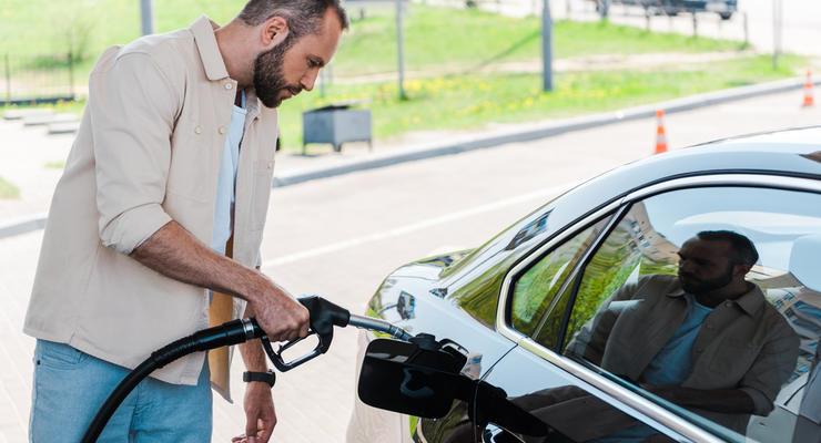 В Украине продолжает дорожать бензин: Как могут вырасти цены