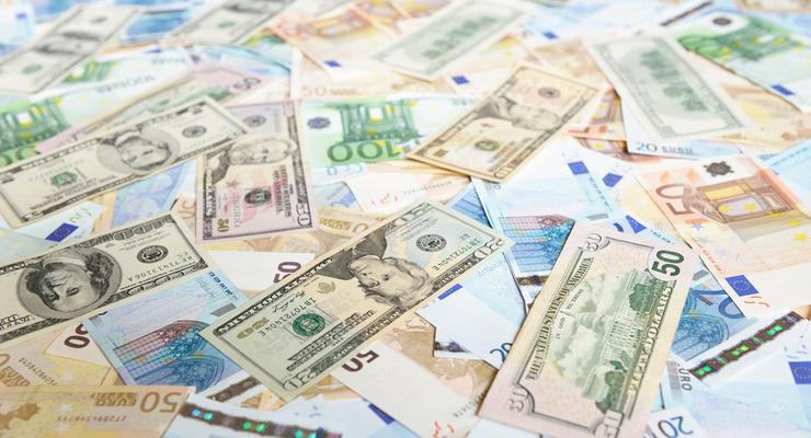 Курс валют на 11.01.2021: После Рождества доллар упал, евро выросло