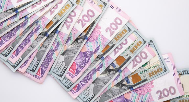 Украинцам предлагают повысить минимальную зарплату: Чего хотят депутаты