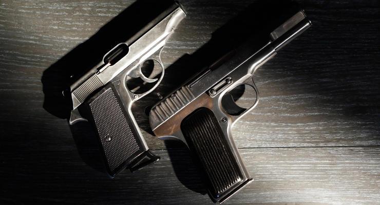 """Комитет Рады одобрил """"оружейный законопроект"""": Разрешат ли украинцам """"короткостволы"""""""