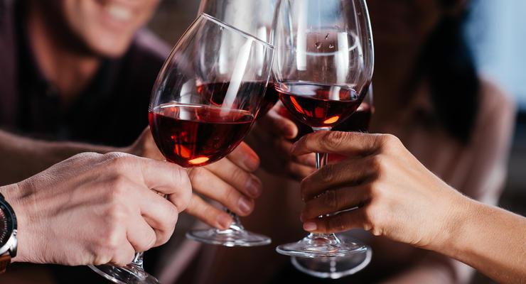 В Украине выросли минимальные цены на ряд алкогольных напитков