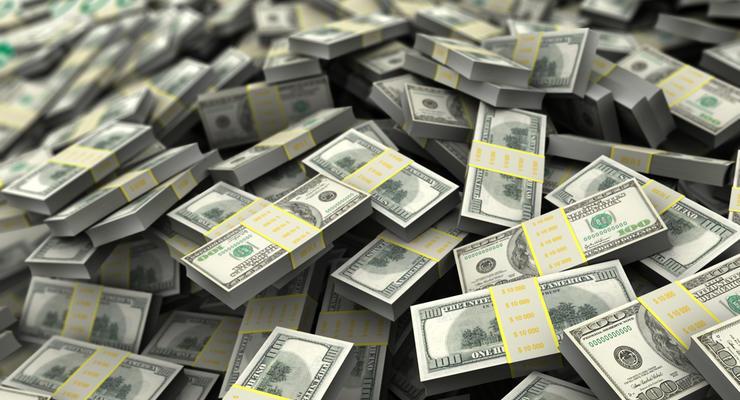 Скільки грошей переводять в Україну з-за кордону: Інфографіка