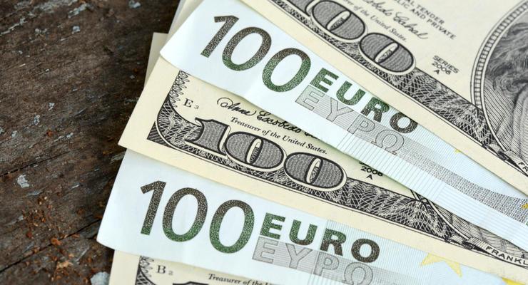 Курс валют на 01.02.2021: Доллар упал на девять копеек, евро немного подорожало