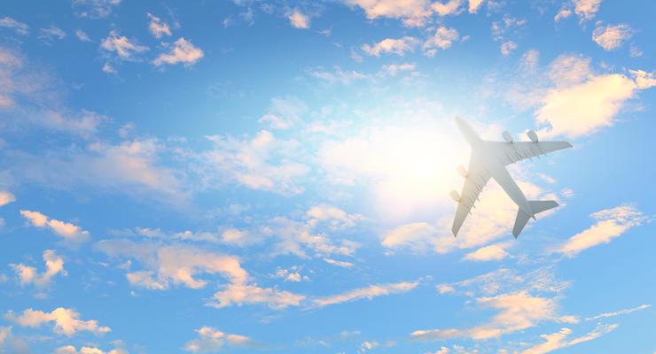 SkyUp запретили 22 маршрута, зато разрешили пять новых: Детали